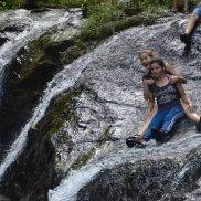 ... und hatten jede Menge Spaß beim Wasserfall!