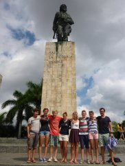 Die Gruppe aus Santa Clara dagegen gesuchten unter anderem das Ché Monument,..